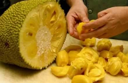 Fight and Prevent Cancer With This Fruit