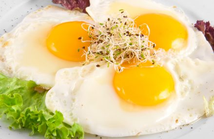 Five Benefits of Eating 3 Whole Eggs a Day