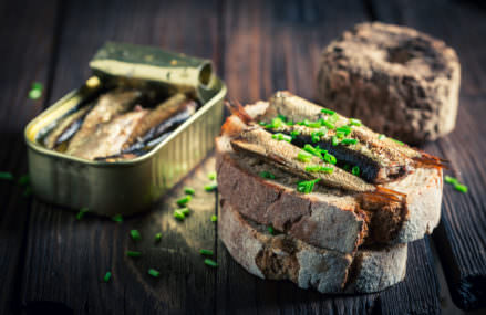 Four Health Benefits from Eating Sardines
